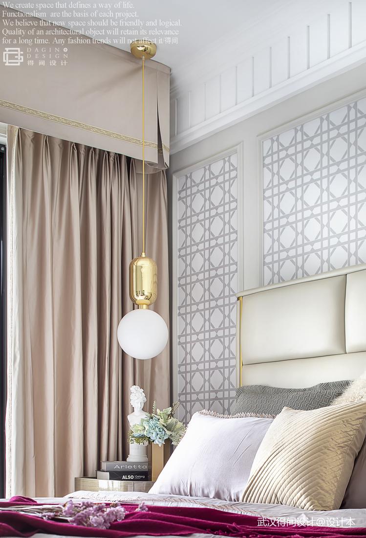浪漫128平法式三居卧室设计图