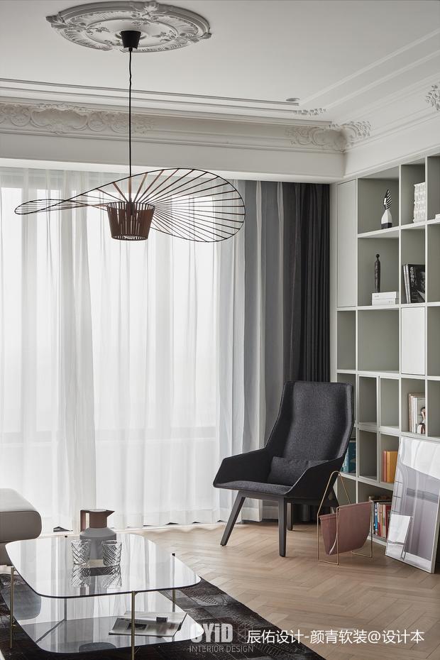 轻奢34平混搭小户型客厅装修设计图