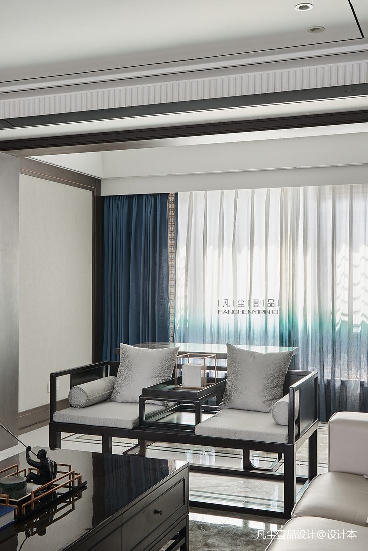 大气52平中式复式客厅装修图