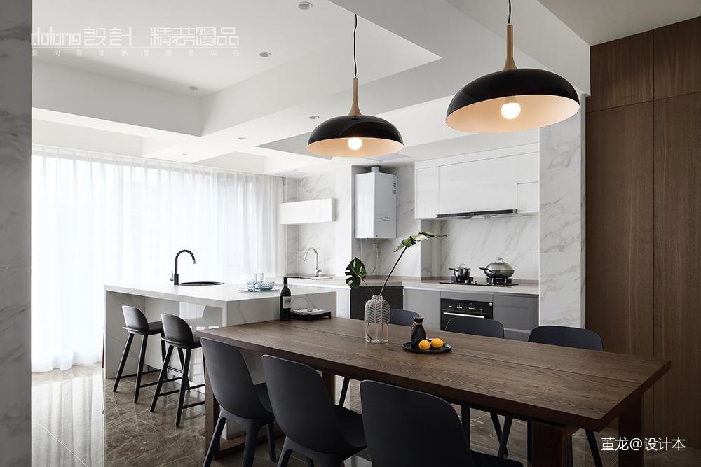 优美24平现代小户型厨房装修案例
