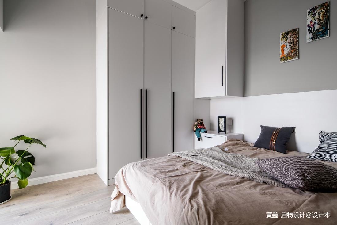 混搭两居卧室衣柜设计