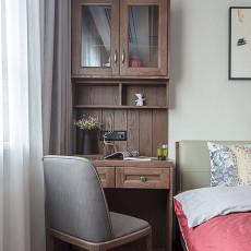 华丽111平中式三居卧室设计案例