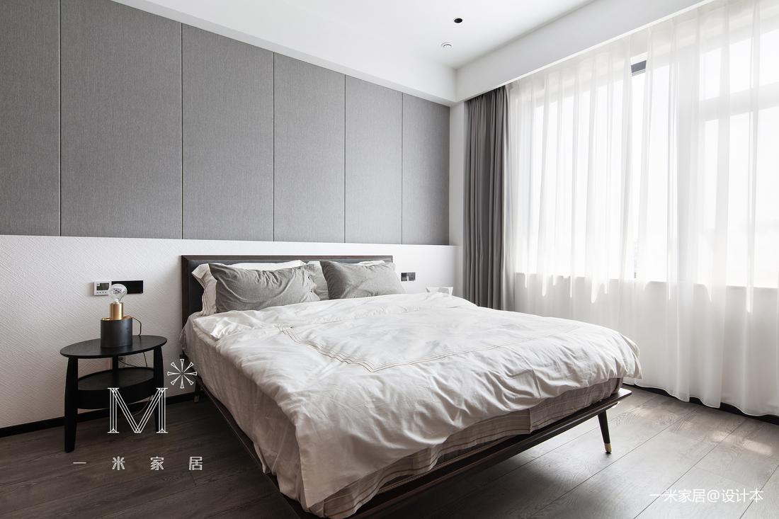 140m² 现代卧室设计图
