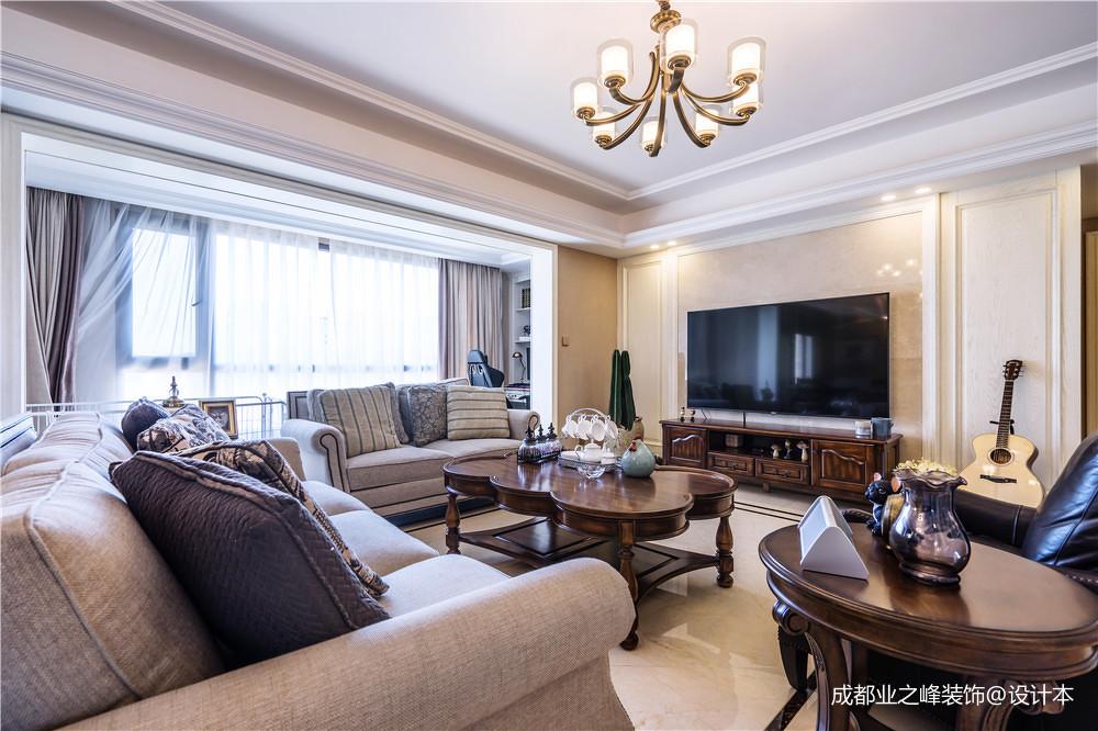 2019140平美式三居客厅装修图