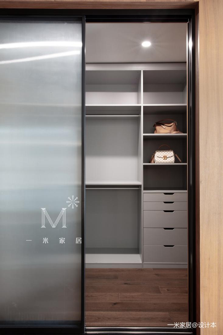 质朴111平现代三居装修装饰图