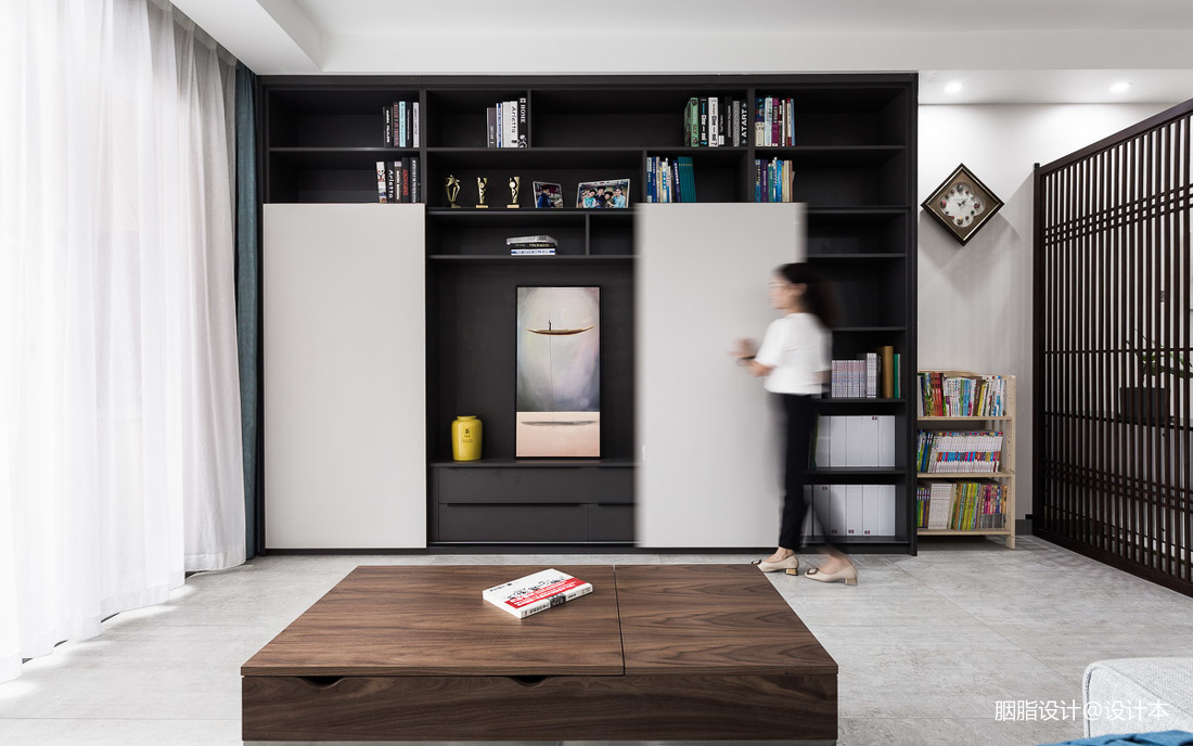 李周·宅現代客廳儲物柜設計