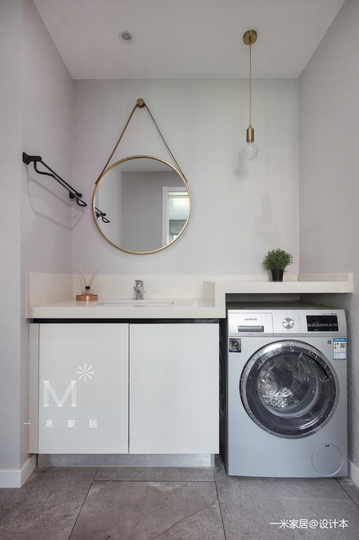 优雅82平现代三居卫生间装修美图