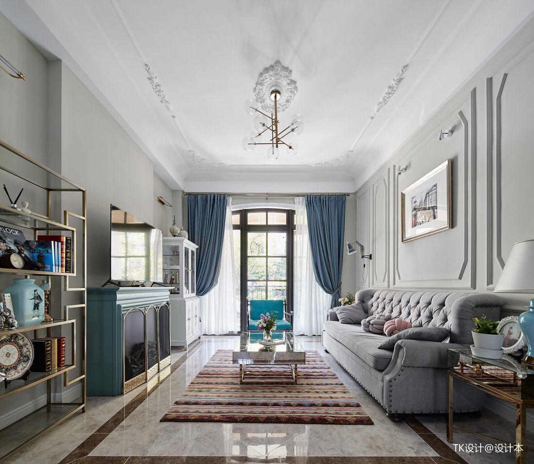 精美220平法式复式客厅布置图