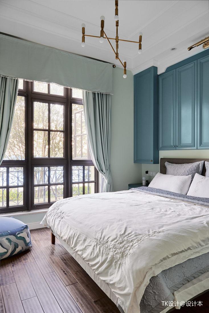 浪漫64平法式复式卧室装饰图片