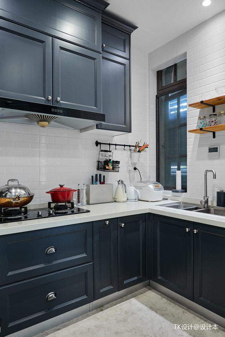 轻奢49平法式复式厨房实拍图