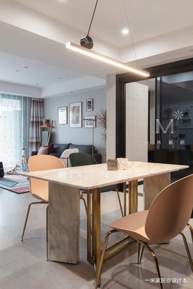 质朴40平现代小户型客厅装修美图