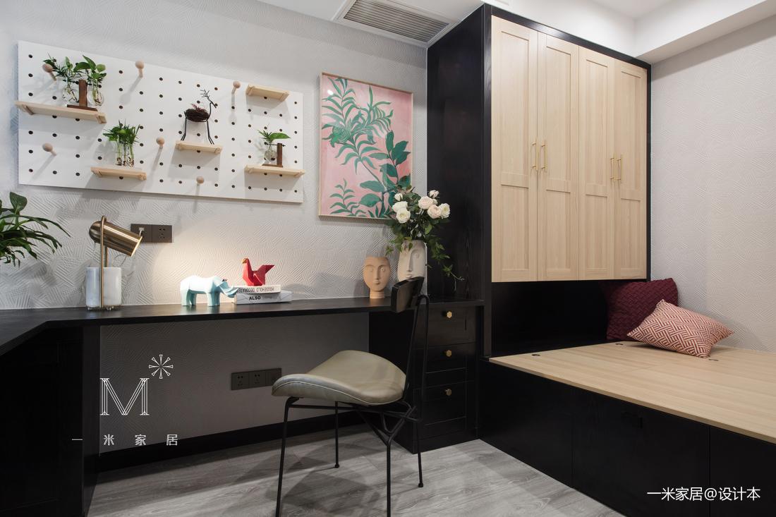 浪漫20平现代小户型卧室装修设计图