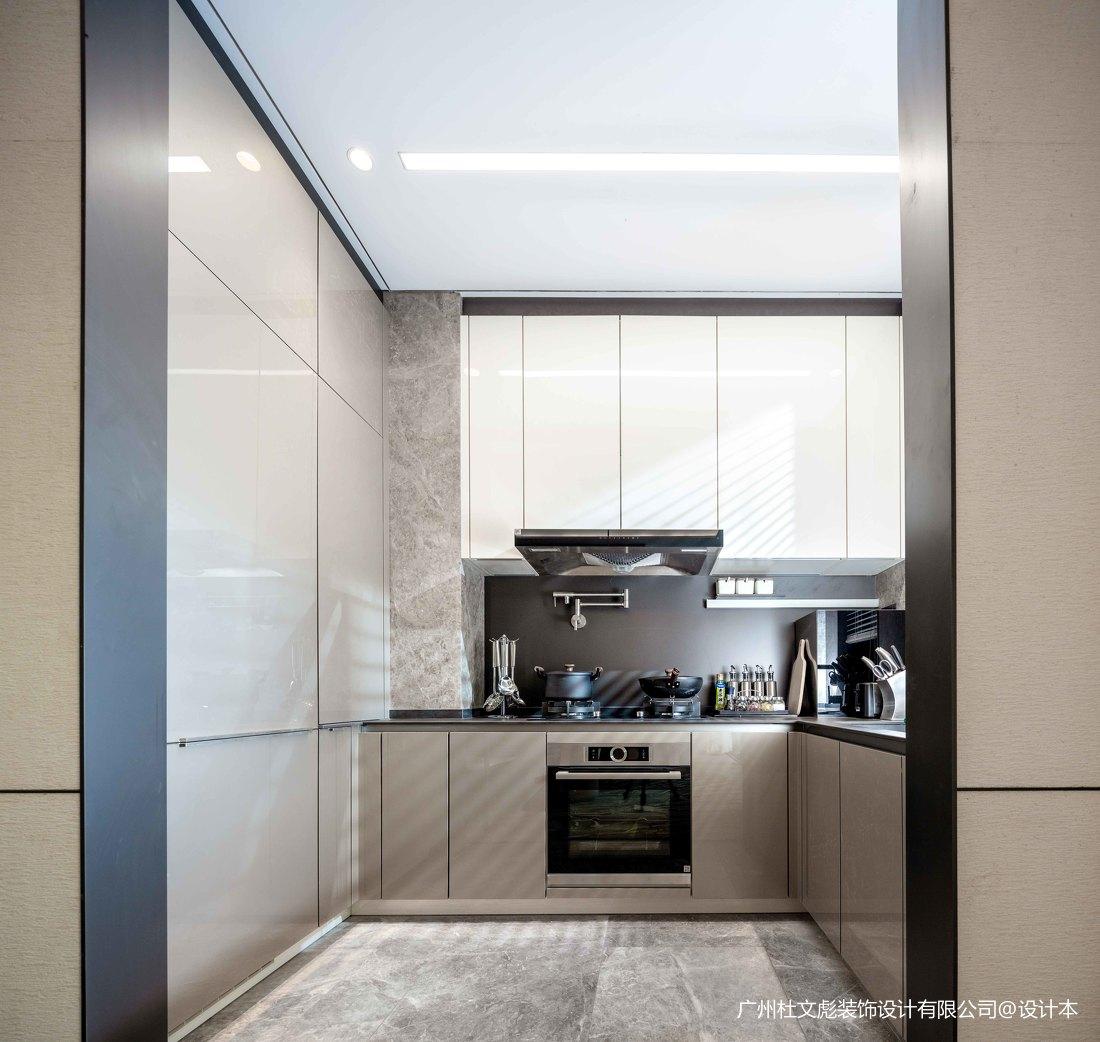 典雅267平现代别墅厨房实拍图