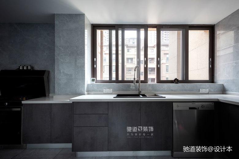 精致107平現代四居廚房設計美圖