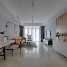 明亮104平现代三居客厅实景图