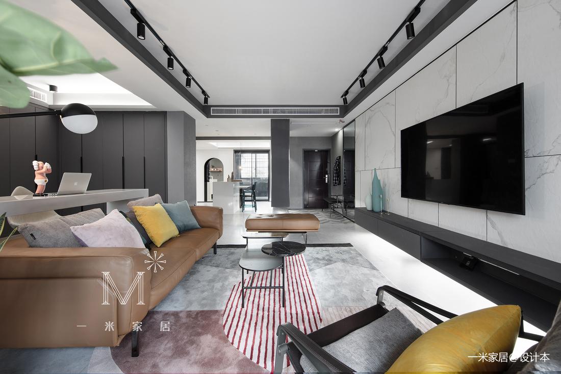 优雅65平现代二居客厅实拍图