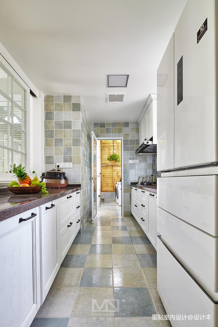 华丽127平美式三居厨房装修图