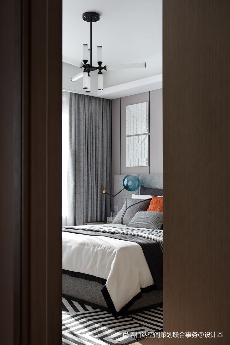 温馨835平现代别墅卧室装修案例