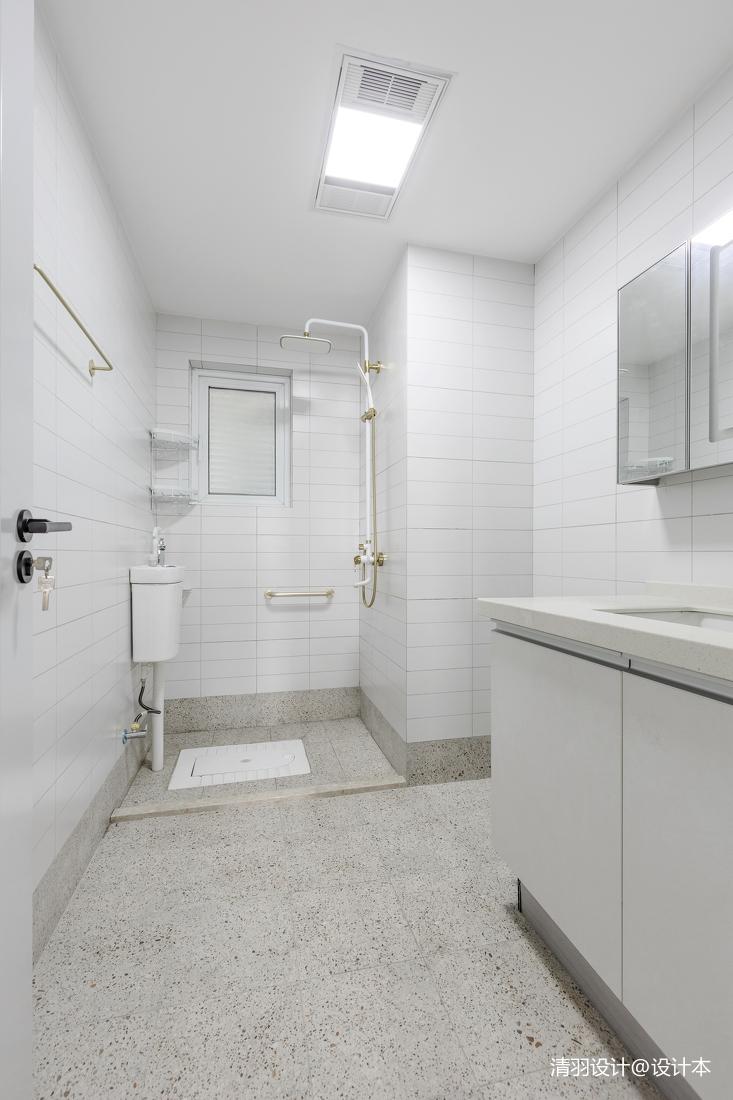 温馨83平简约二居卫生间装饰图片