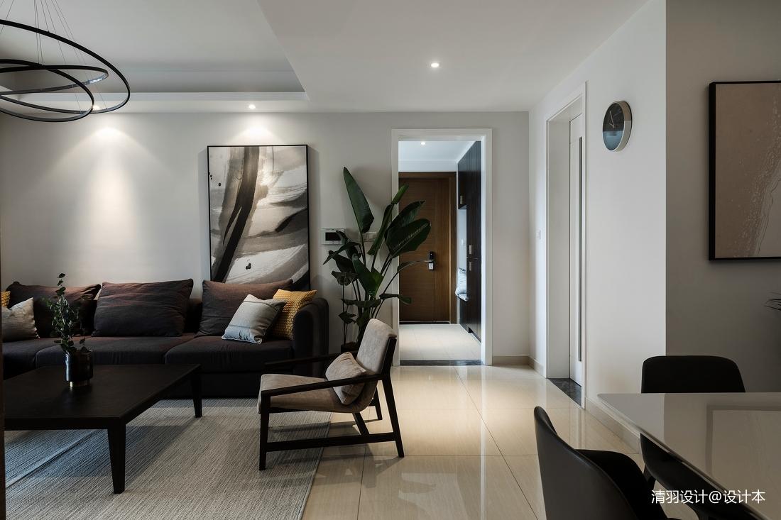 精致131平现代三居客厅装修图