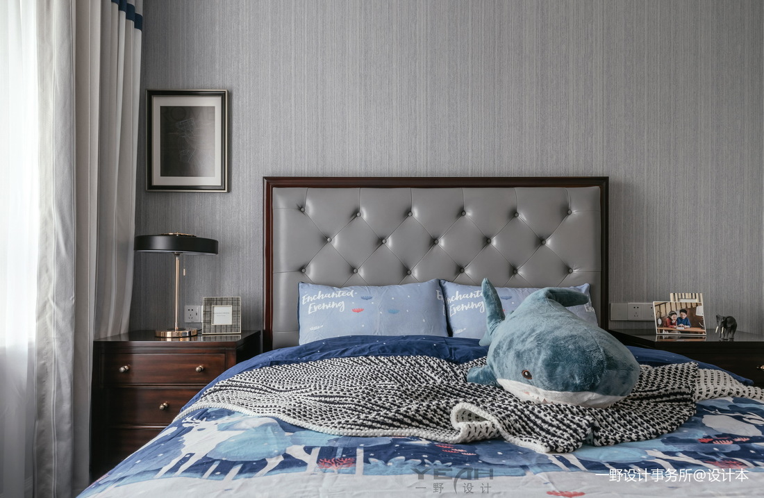 140m² 美式风卧室实景图