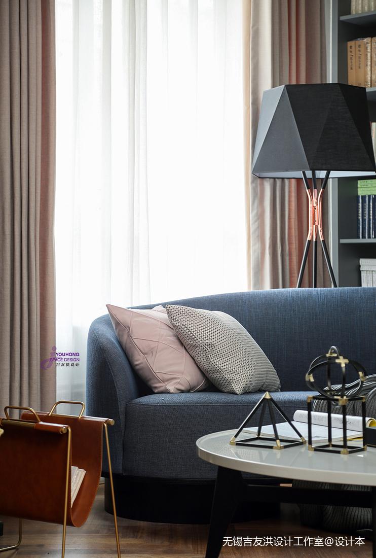 精致64平美式复式客厅装潢图