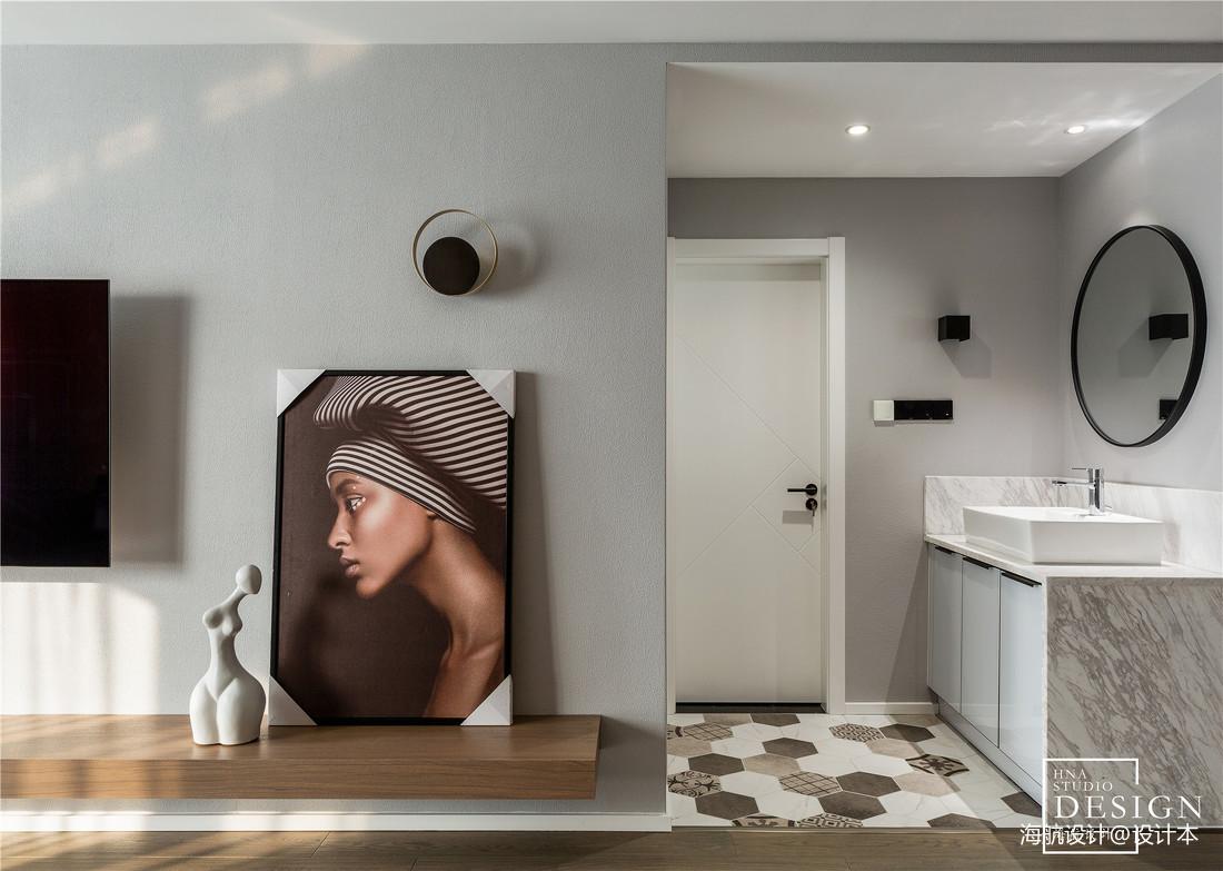 现代婚房卫浴设计图片