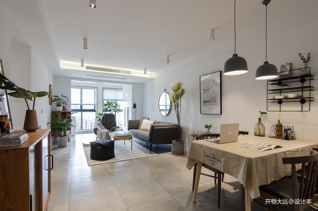 浪漫30平现代小户型客厅实景图片