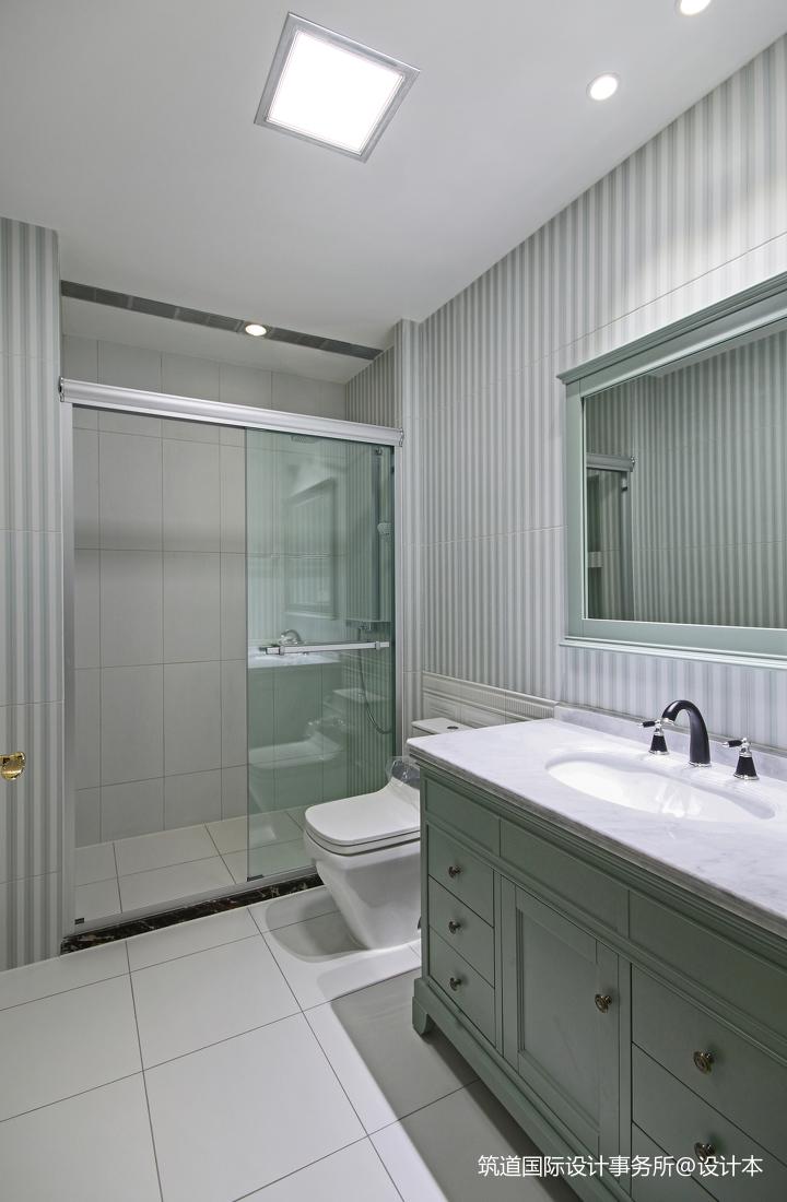 温馨588平美式别墅卫生间装饰图