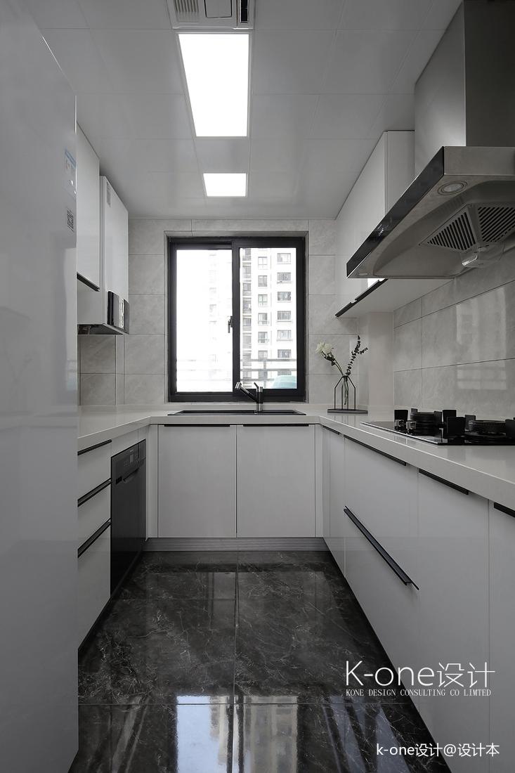 轻奢99平简约三居厨房实景图