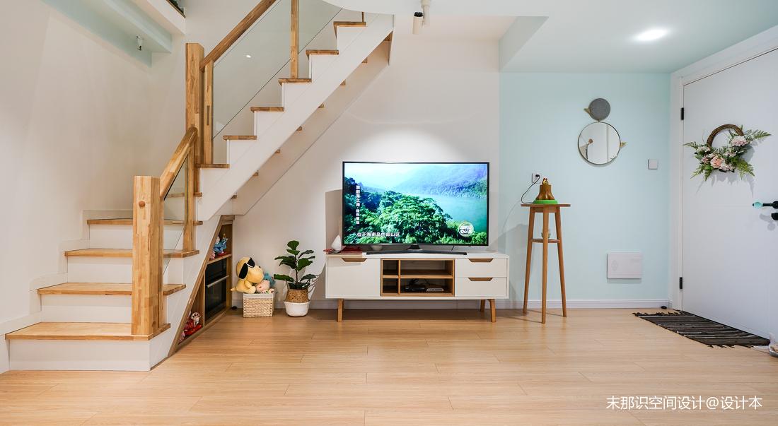 奇葩小戶型混搭電視柜設計