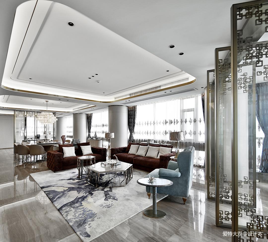 580㎡超大江景房客厅设计图片