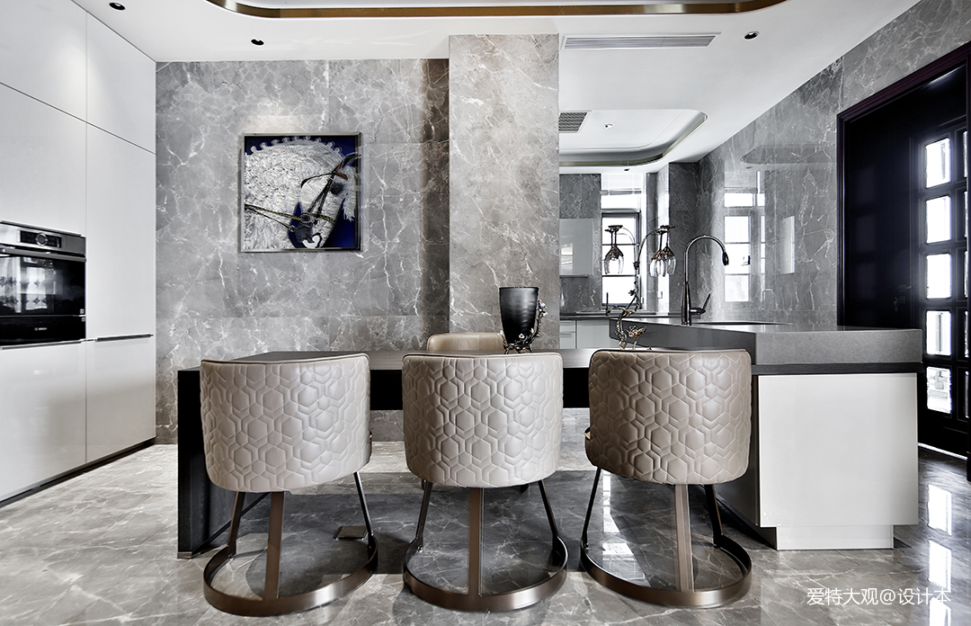 580㎡超大江景房餐厅设计