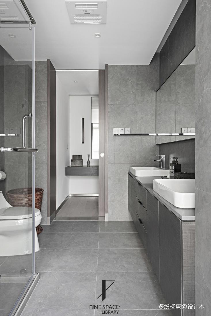 温馨73平现代复式卫生间设计图