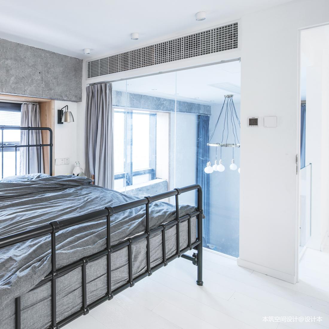 明亮53平LOFT复式卧室装饰图