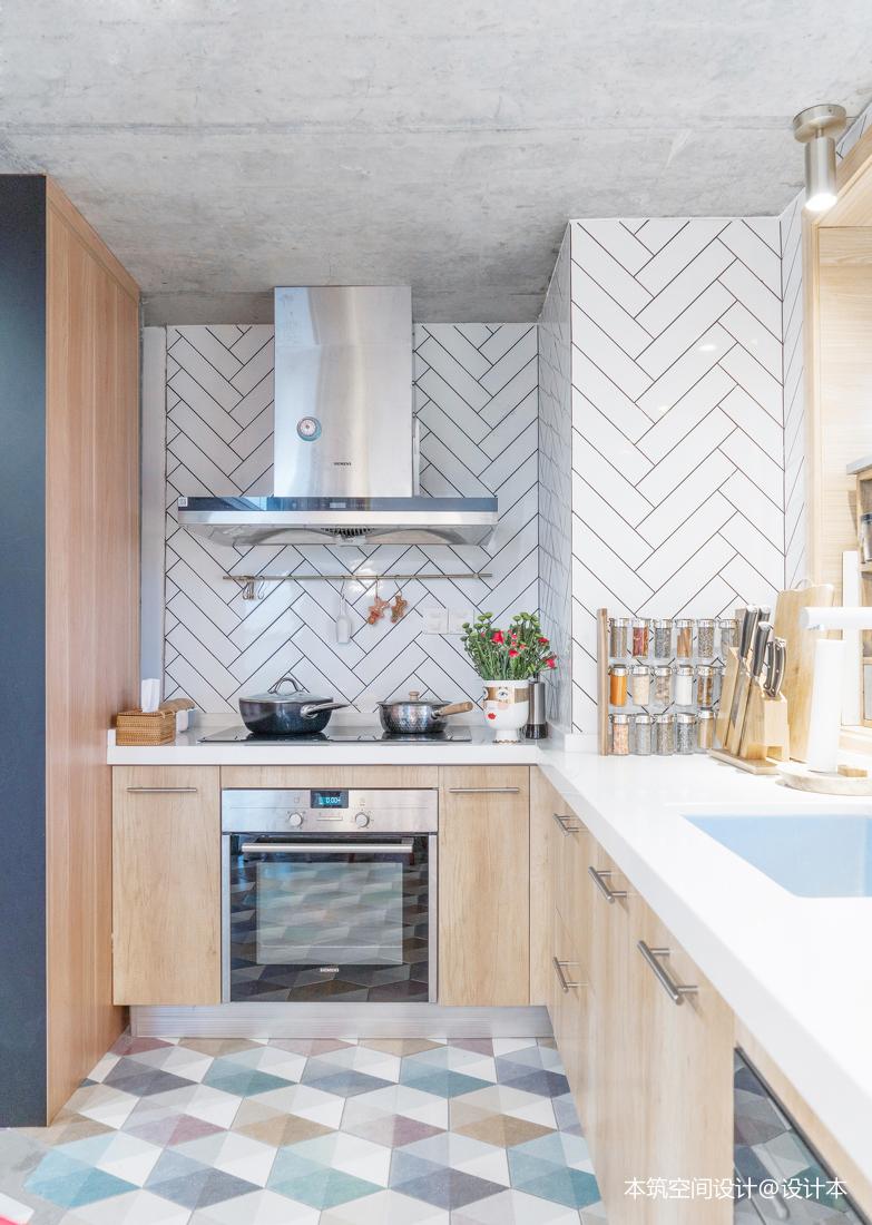 温馨62平LOFT复式厨房设计效果图
