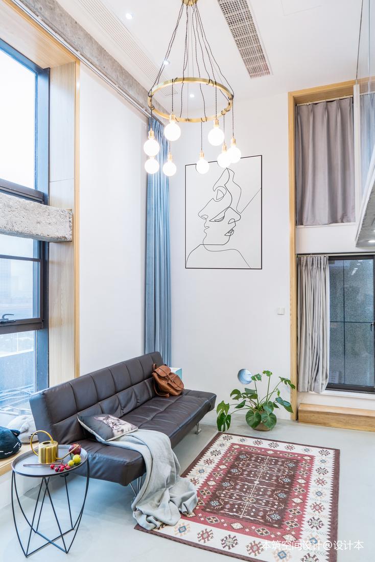 温馨48平LOFT复式客厅美图