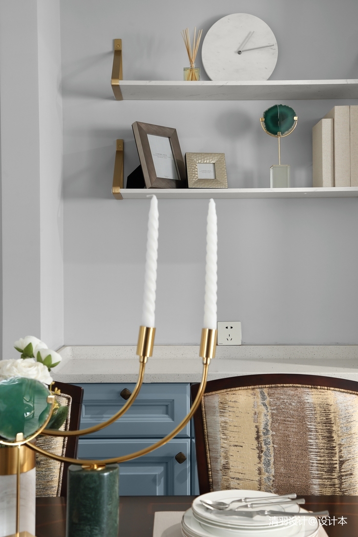 典雅137平现代四居餐厅装饰图
