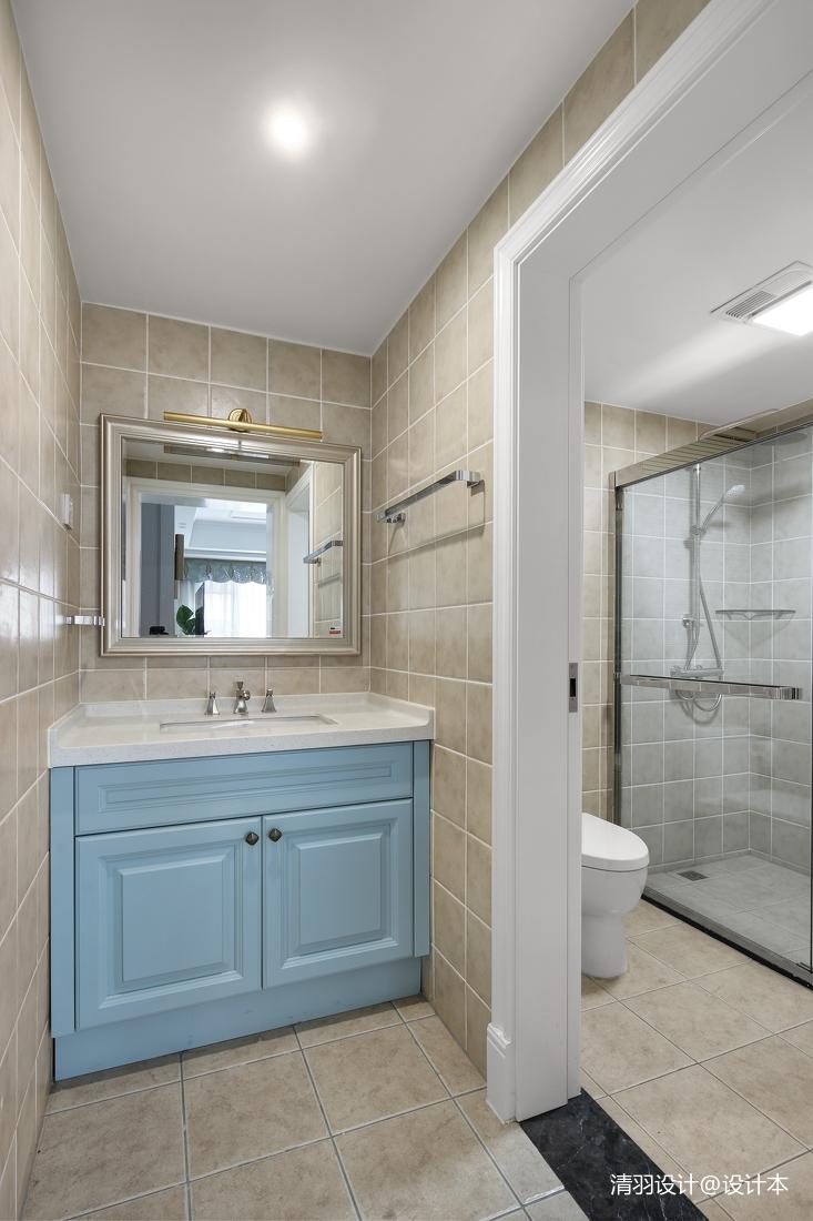 华丽101平现代四居卫生间装修设计图