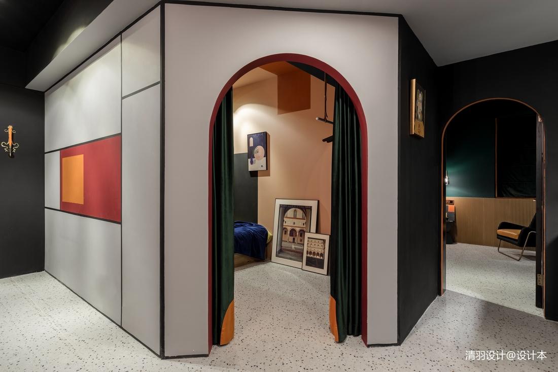 典雅64平混搭二居客厅案例图