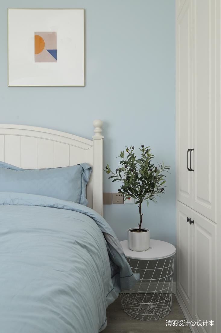 典雅74平现代二居卧室美图