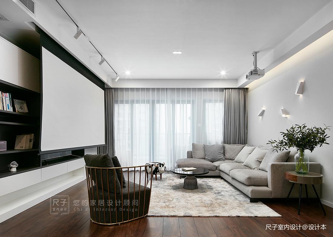现代风小复式客厅筒灯图