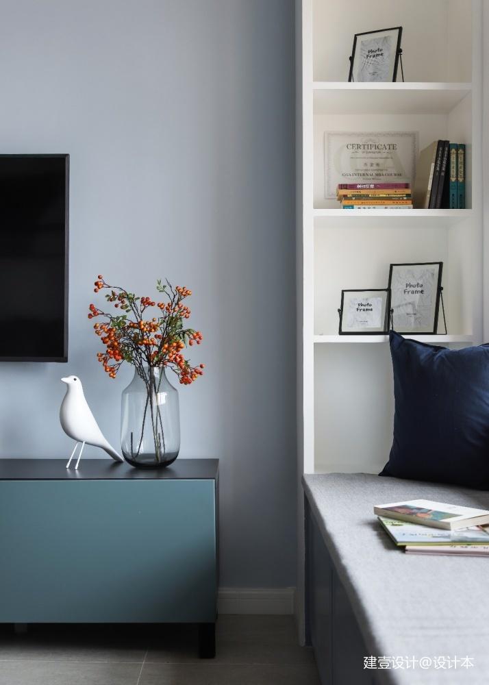 《清风 微蓝》她家的窗台是沙发书架玩具柜_3579015
