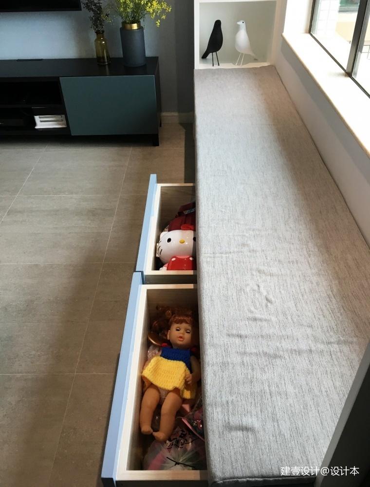 《清风 微蓝》她家的窗台是沙发书架玩具柜_3579016