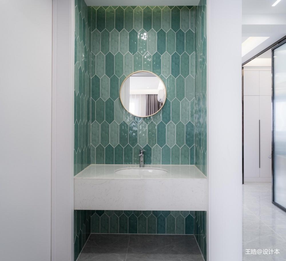 现代风样板房卫浴洗手台设计