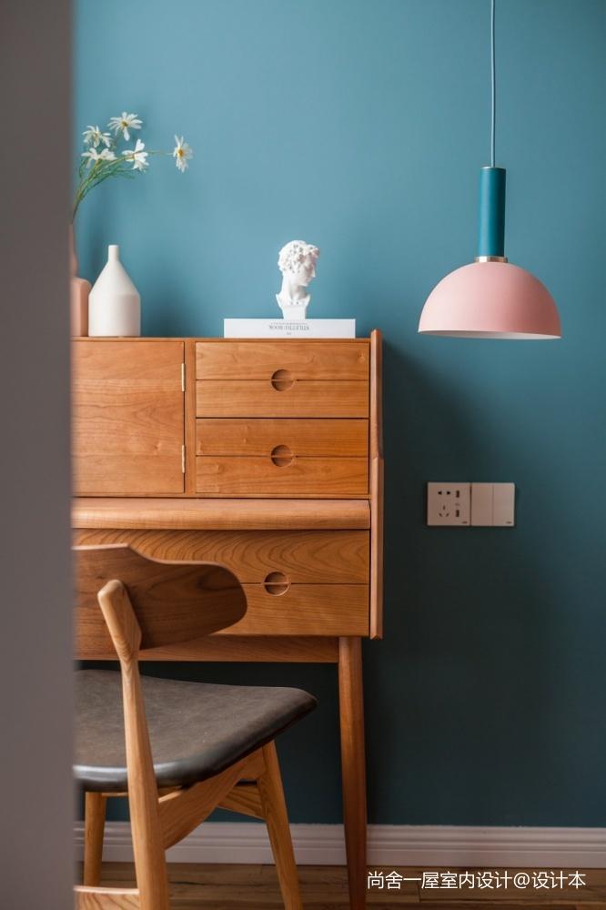 老师的家 | 全面墙书柜客厅+隐形门设计_3752560