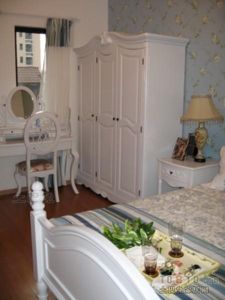 面积101平混搭三居卧室装修实景图
