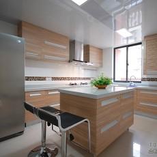 欧式整体厨房装修效果图欣赏