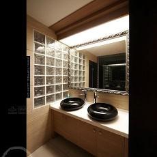 现代小卫生间装饰效果图