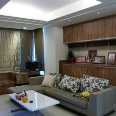 美式15平米卧室装修图片